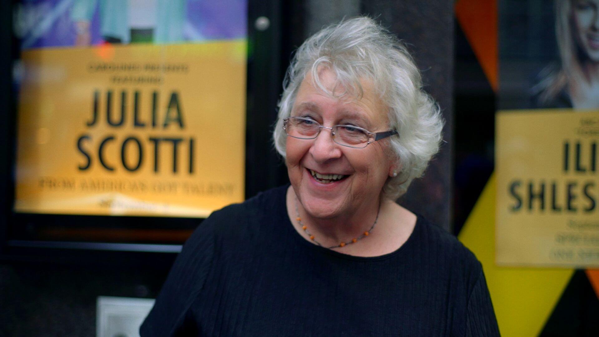 Julia Scotti show art