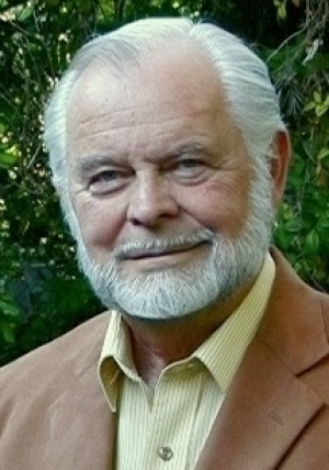 G Edward Griffin: Big Ideological Battle Taking Place