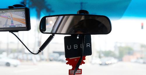 Uber suspende temporalmente su actividad en España