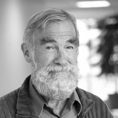 Ray McGovern on Independent Media & Understanding the Post 9/11 World