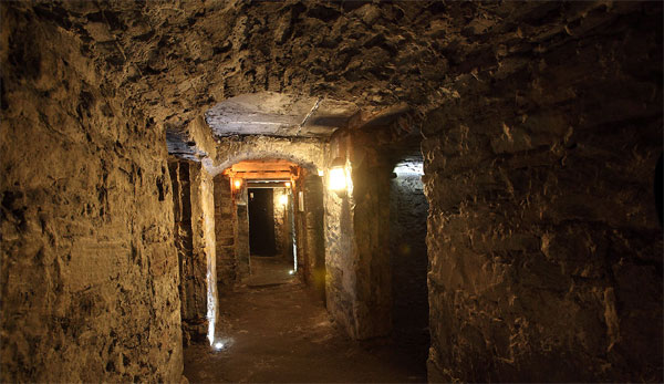 Ep. 278 - Edinburgh Vaults