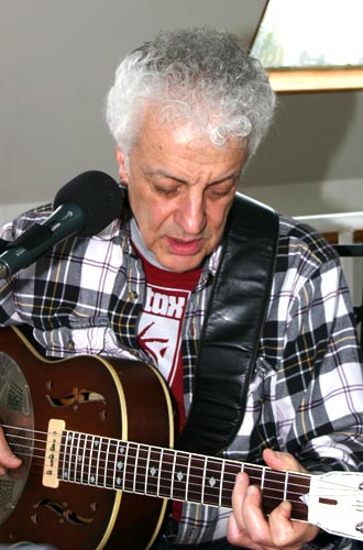 Doug MacLeod on the Raven & Blues