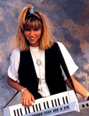 #58: Debbie Gibson - Out Of The Blue (Damokles Interview & More!)