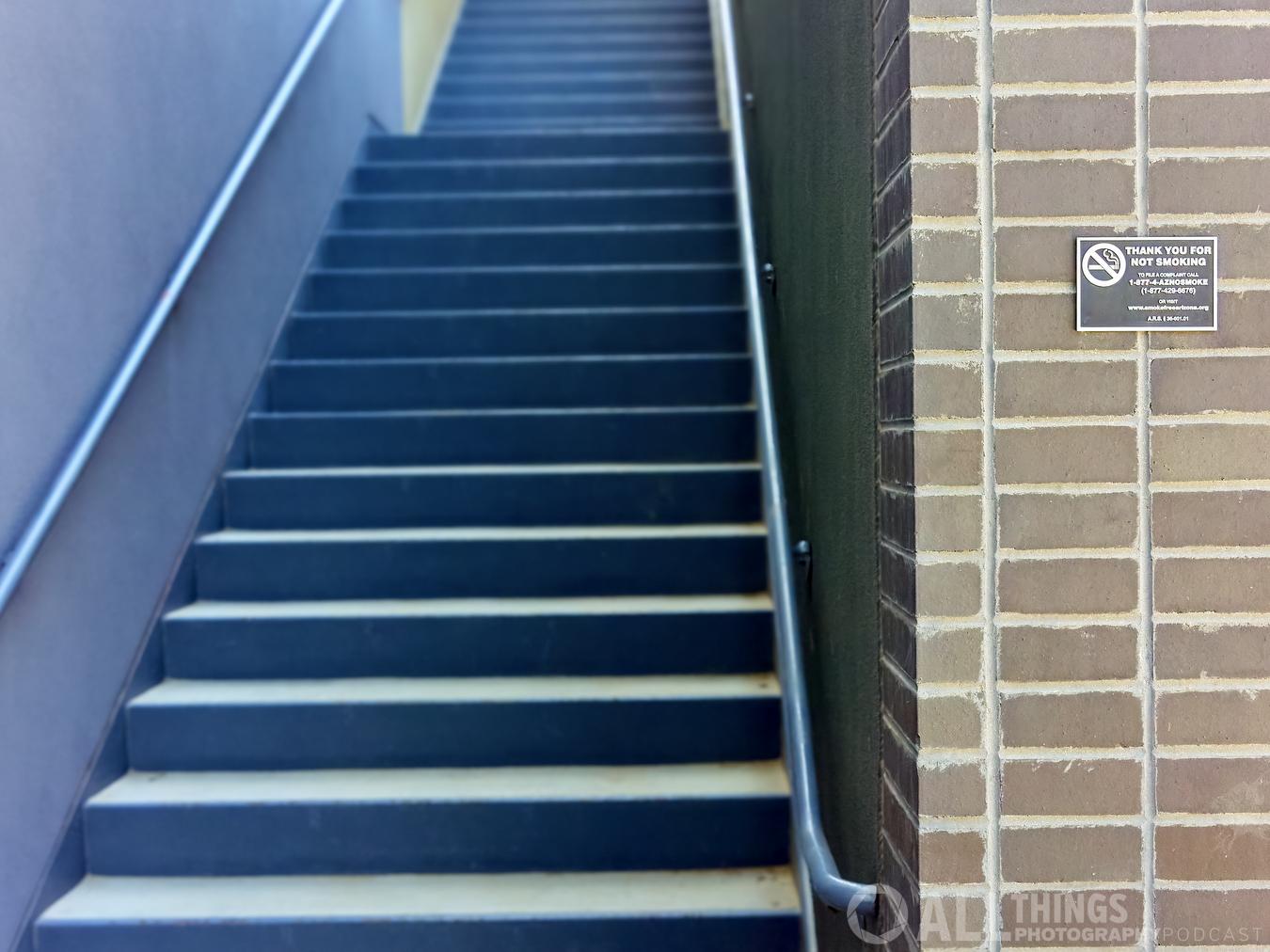 no smoking stairway