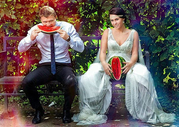 Top 10 Amazing Craziest Wedding Photos Of All Time : Trends