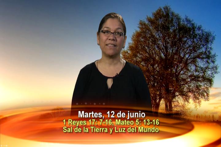 Artwork for Dios te Habla con Angela Valencia;  Tema el hoy: Sal de la Tierra y Luz del Mundo
