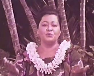 Hawaii Calls – Haunani Hulas!