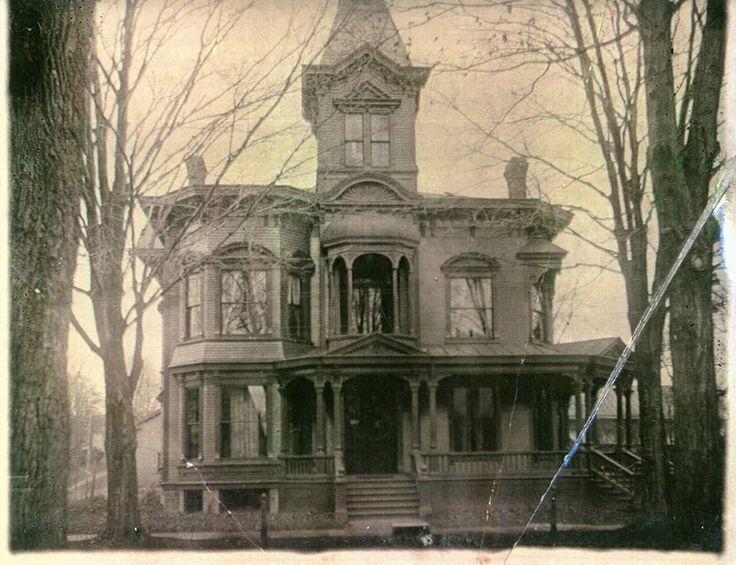 082 Dead House [Final Girl]