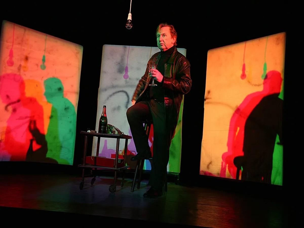 Pip Utton as Francis Bacon