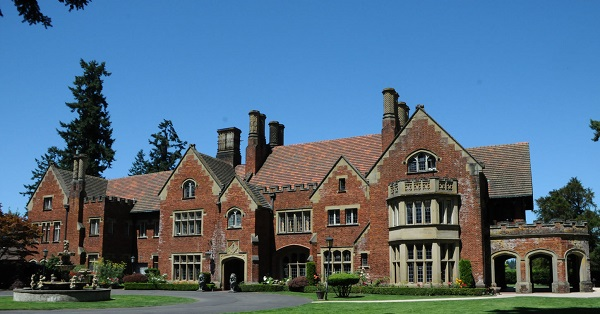 Ep. 378 - Thornewood Castle