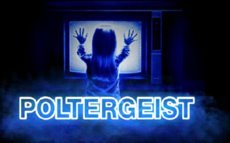 Episode 100 - Poltergeist New and Old, Streaming Horror, Lazarus Effect