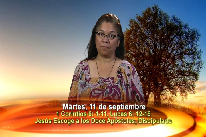 Artwork for Dios te Habla con Angela Valencia;  Jesús escoge a los doce apóstoles, discipulado.