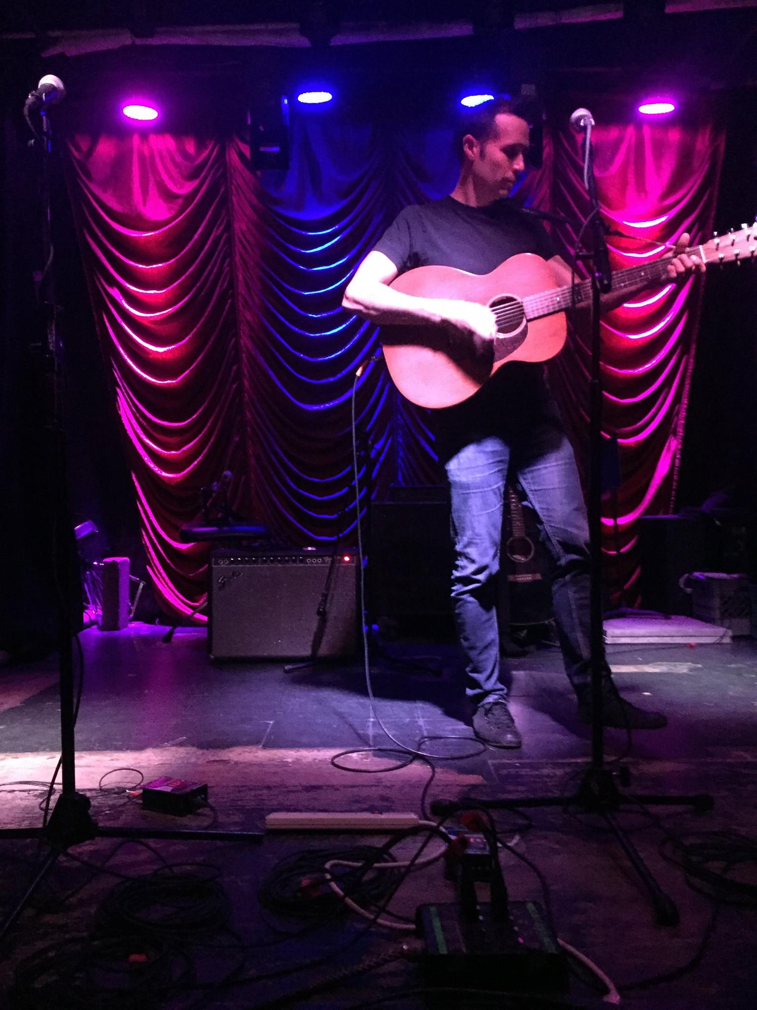 Francis Falls Live From Caffe Vivaldi-4/23/16