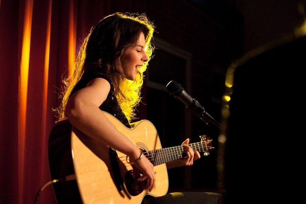 Amanda Muller - gitaar