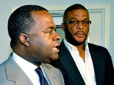Atlanta Mayor Kasim Reed To Give Half Square Mile of Public Land to Tyler Perry on Fake Job Claims, No Public Input