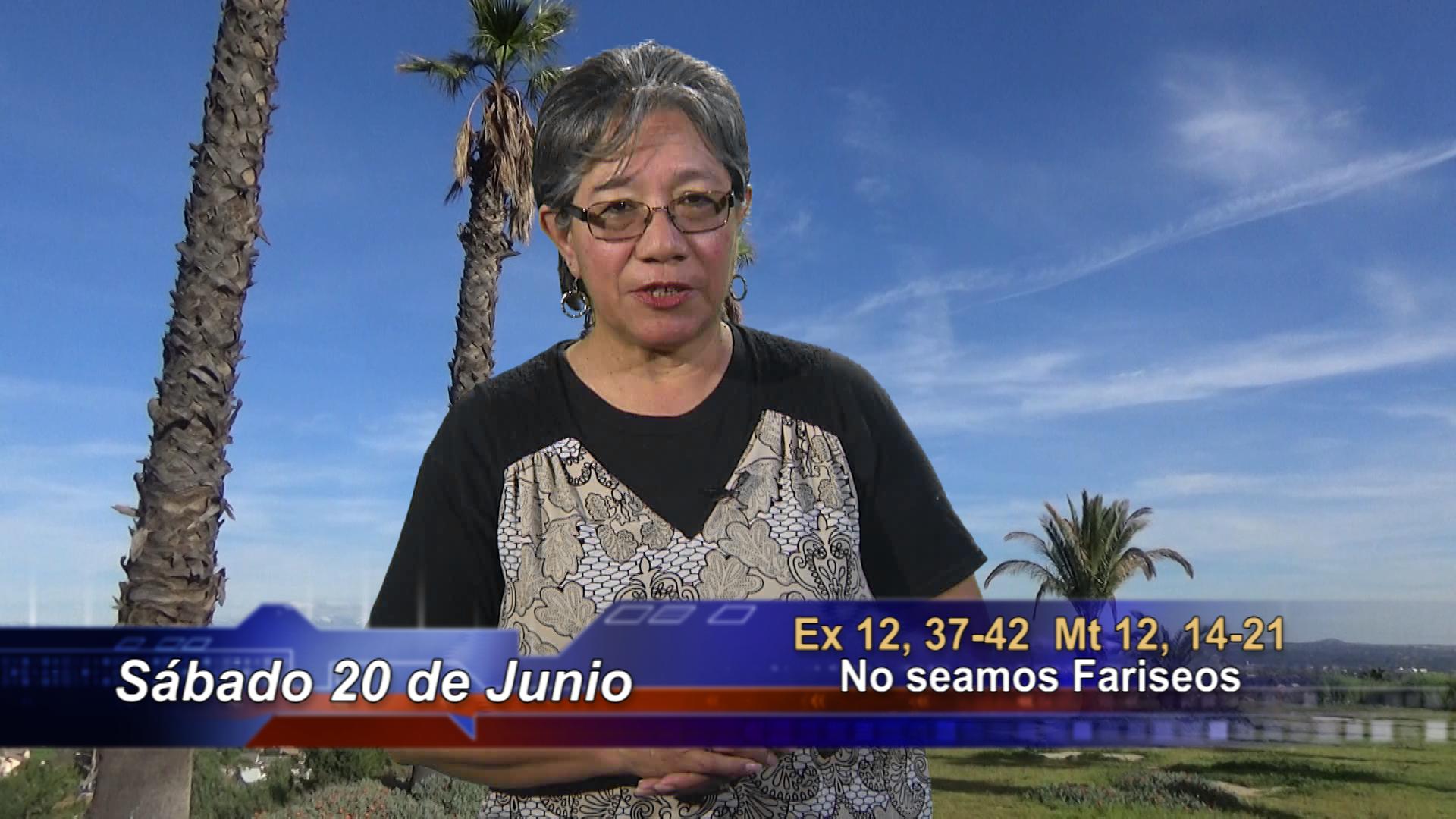 Artwork for Dios te Habla con Lidia Mendoza; El tema:  No seamos Fariseos