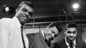 The Isley Brothers - Who's That Lady? Time Warp Radio Song of The Day (6/23)