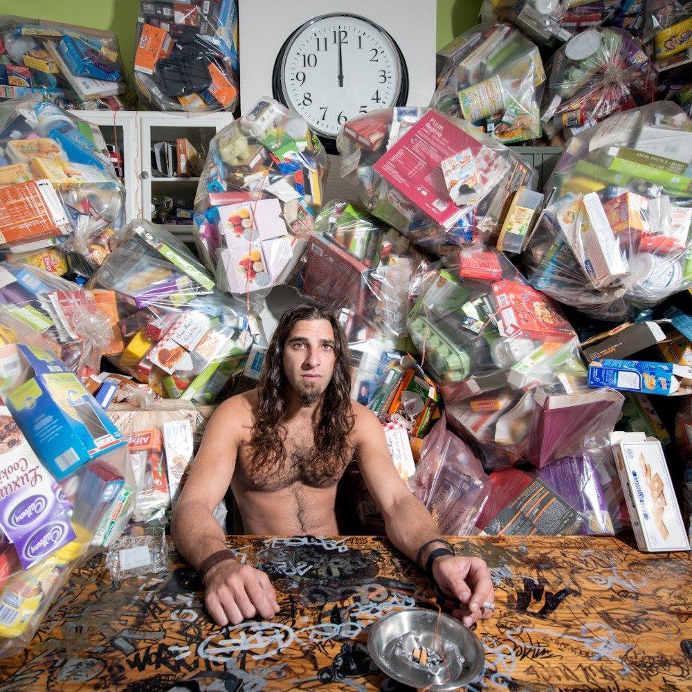 #8 Maayke Damen, Partnervermittlung für Material show art