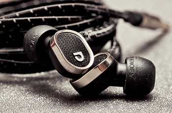 AF78 in ear headphones