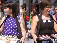 Cupcakes, Veganism and Fundraising: Fat Bottom Bakery and the East Bay Vegan Bakesale