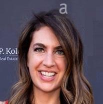 252 - She's a Hollywood Writer & Producer: Tom interviews Lia Bozonelis