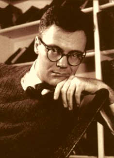 Robert Lowell - Skunk Hour