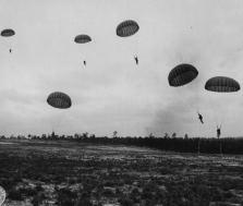 MSM 487 Brig. General Elmo Bell –  Airborne Infantry 1942: Jump School