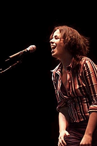 Cristin O'Keefe Aptowicz - Estephania