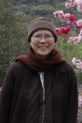 Gatha Practice: A Dharma talk of Sister Huong Nghiem