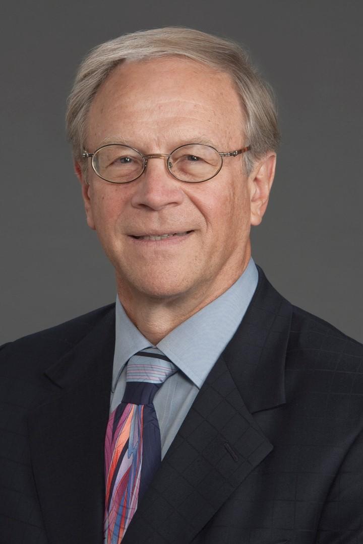 Dr Joe Estwanik