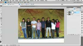Perfect group shots using Photoshop CS4's Auto Align